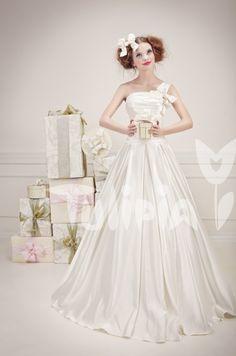 Tulipia Happy - Milla Girls Dresses, Flower Girl Dresses, Wedding Dresses, Happy, Flowers, Fashion, Dresses Of Girls, Bride Dresses, Moda