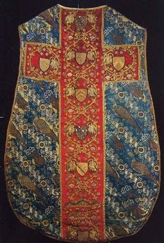 Chasuble made of Italian lampas was created in ca 1398. Abegg-Stiftung Foundation, Bern (?)