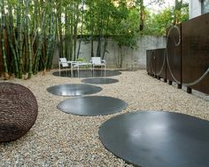 Gravel patio ideas have been around with creative and unique decor. Improving your outdoor home with gravel patio ideas is easy and on a budget