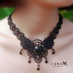 $8.36 The sub meow original    black lace short necklace sapphire necklace retro neckband Choker Gothic Lolita