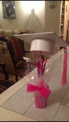 Pink Graduation Center Pieces! :)