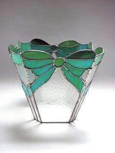 Florero de vidrio con arcos por CGStainedGlass en Etsy