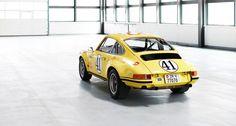 Porsche 911 2.5 ST https://www.classicdriver.com/de/article/autos/dieser-le-mans-gt-sieger-war-eigentlich-reif-fur-den-schrottplatz