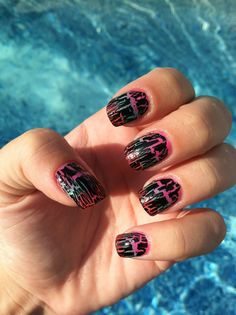 Summer Crackle Nail Design!