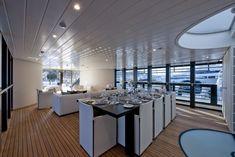 L'Ocean Emerald yacht par Foster & Partners et Rodriguez Yachts Norman Foster, Ibiza, Yatch Boat, Foster Partners, Used Boats, Yacht Design, Super Yachts, Architecture, Decoration