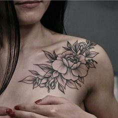 Get to witness the most amazing Flower tattoos deisgns 2020 here. We have the most splendid art styles that will tell you all the Flower tattoo designs Chest Tattoos For Women, Shoulder Tattoos For Women, Chest Tattoo Female Upper, Piercing Face, Piercing Tattoo, Up Tattoos, Body Art Tattoos, Cap Sleeve Tattoos, Collar Bone Tattoos