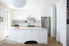 all white kitchen design idea 24 Marble Countertops, Kitchen Countertops, Kitchen Island, Kitchen Cabinets, Kitchen Ikea, Interior Architecture, Interior Design, All White Kitchen, White Kitchens