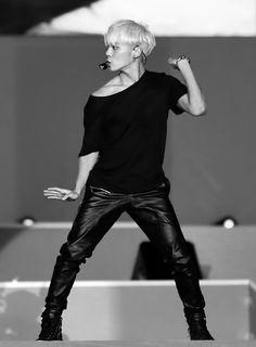 jonghyun - shinee awesome