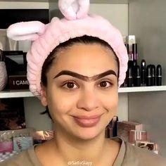 Stunning Lips Makeup Tutorial You Should Try - Make Up Time Eyebrow Makeup Tips, Makeup 101, Makeup Eye Looks, Beautiful Eye Makeup, Contour Makeup, Skin Makeup, Makeup Trends, Unique Makeup, Perfect Makeup