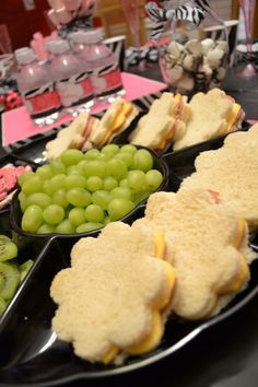 simple party food for Gaby's tea party Girl Party Foods, Tea Party Foods, Tea Party Games, Party Snacks, Party Party, Cake Party, Party Treats, Party Time, Spa Birthday Parties