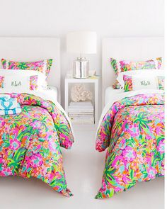 Lilly Pulitzer® Sister Florals Duvet Cover Collection in Lulu Multi.