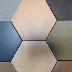 Grande sconto per le piastrelle esagonali in gres di Etruria (-82%). La forma geometrica e di tendenza permette di giocare con le diverse tonalità di colore proposte e creare accostamenti e disegni di ogni genere. Spazio alla fantasia! http://www.outletarredamento.it/pavimenti/gres-esagoni-etruria.html#lightbox[gallery]/0/ #rivestimenti #piastrelle #esagonali #offerteoutlet #outletarredamento