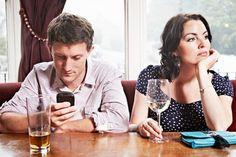 Cómo el uso de whatsapp influye en los celos y los problemas de pareja.