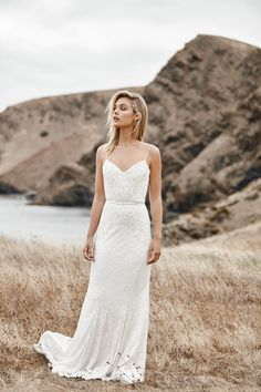 The DARCY gown from the LUXE collection by Karen Willis Holmes. Hand beaded wedding gowns, re-defined for the modern bride Beaded Wedding Gowns, Modest Wedding Gowns, Wedding Dress With Veil, Beautiful Wedding Gowns, Karen Willis Holmes, Wedding Looks, Just In Case, Spaghetti, Chuppah