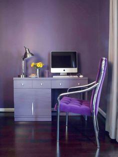 Die Farbe Lila arbeitsplatz wanddesign arbeitsstuhl