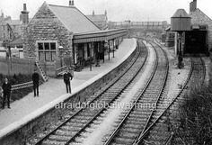 Easton Station, Isle of Portland, Dorset Weymouth Harbour, Portland Dorset, Old Train Station, Train Stations, Third Rail, Disused Stations, Southern Railways, Steam Railway, Model Train Layouts