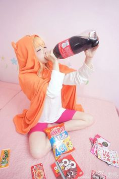 aru cosplay from Himouto! Umaru-chan - COSPLAY IS BAEEE! Tap the pin now to grab yourself some BAE Cosplay leggings and shirts! From super hero fitness leggings, super hero fitness shirts, and so much more that wil make you say YASSS! Kawaii Cosplay, Cosplay Anime, Epic Cosplay, Cute Cosplay, Cosplay Makeup, Amazing Cosplay, Cosplay Outfits, Batman Cosplay, Anime Angel