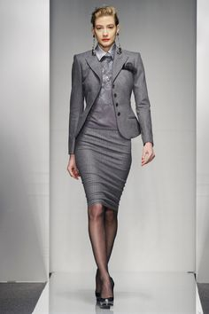46 New ideas for womens power suit business work wear Business Attire, Business Outfits, Business Fashion, Business Suits For Women, Business Formal, Business Casual, Work Suits For Women, Office Fashion, Work Fashion