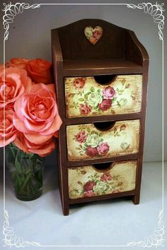I love the Dark Wood with this very feminine fabric...i love the colors