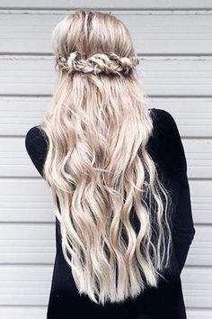 Intertwined Braid <3 @candystubbs custom toned her Ash Blonde #LuxyHairExtensions and is working her magic on long hair now!