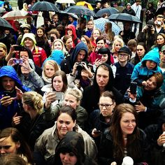 The amazing echelon of Oslo for #marsflashmob!!! Singing to # UpInTheAir!!!