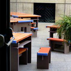 Muebles de Patio 2018  Proyecto para Libros Mutantes en La Casa Encendida, Madrid.  #marketstand #display #furniture #retaildisplay #shopdisplay #librosmutantes #lacasaencendida #madrid #madridartbookfair #librosilustrados #artprint #artists #books #fotolibro #design #diseño #furniture #temporary #brick #mesh #readymade #disseny #mdf #dm #bardo #tablerocerámico #reuse #reduce #recycle #upcycle