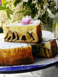 PASCA CU ALUAT UMPLUT SI RICOTTA | Ricotta, Pastry And Bakery, Easter Recipes, Tiramisu, Cheesecake, Food And Drink, Bread, Sweet, Ethnic Recipes