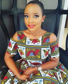 Hi Beautiful divas,  Complement of the season to all our fan out there, Today, we are presenting you withsome awesome Ankara gown sty...