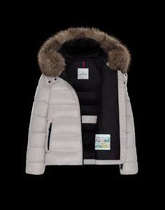 04959b2b77b6 48 Best Moncler Vestes Femme images   Business, City, Cooker hoods