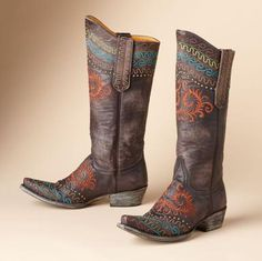 "I'm not usually a ""boot girl"" but I LOVE Old Gringo boots!"