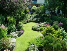 "How To Design A Garden Garden Design Pictures English Garden Ideas for an enticing cottage garden go for the romance. Cottage garden … Read More ""Cottage Garden Design Plans"" Back Gardens, Small Gardens, Outdoor Gardens, Small Cottage Garden Ideas, Cottage Garden Design, Backyard Cottage, Small Garden Plans, Narrow Garden, Sloping Garden"