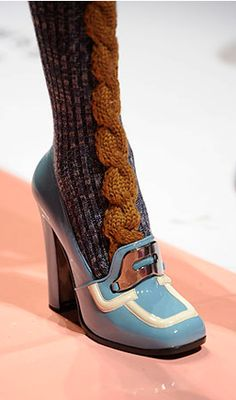 Amazing knitted cable and ribbed socks coming out of Prada this season! These beautiful socks match the ever so dainty and pretty Prada shoes rather well! Prada Fall 2010 Runway show More Patterns Like This! Miu Miu Tasche, Shoe Boots, Shoes Heels, Pumps, Mode Shoes, Prada Shoes, Vintage Shoes, Beautiful Shoes, Me Too Shoes