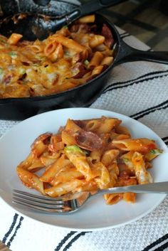 One-Pan Spicy Cheesy Sausage Pasta | thedomesticblonde...