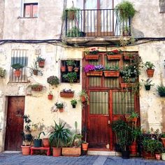 barcelonablonde.stfi.re 2016 08 21 the-10-coolest-streets-in-barcelona ?sf=pgkxoay