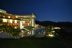 Secrets Huatulco Resort & Spa: Resort At Night