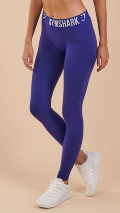Available in a variety of colours, the Fit Leggings are easy to combine and always complimentary.