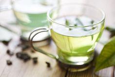 Seguramente tienes asociado el té verde como un elemento digestivo y antioxidante que ayuda a equilibrar el cuerpo, pero la realidad es que es mucho más que eso. El té verde cuenta con unas propiedadesy