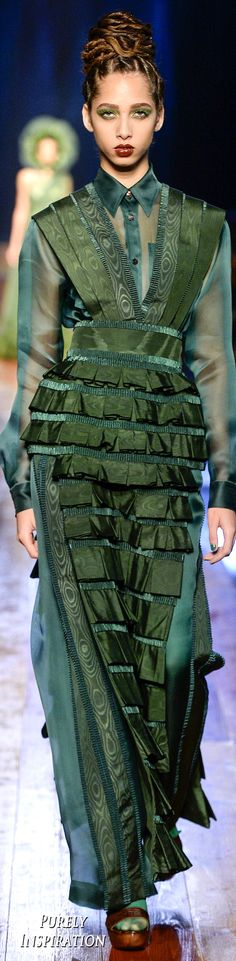 #Farbbberatung #Stilberatung #Farbenreich mit www.farben-reich.com Jean Paul Gaultier Fall 2016 Couture Fashion Show