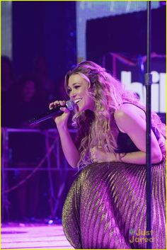 Rachel Platten Celebrates 'Wildfire' Release at Dick Clark's Rockin' New Year's Eve 2016! | andy grammer rachel platten rockin nye performance pics 19 - Photo