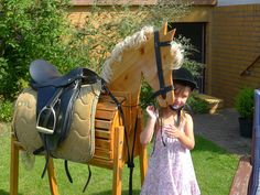 Voltigierpferd! Diy Horse Toys, Horse Crafts, Rocking Horses, Natural Playground, Wooden Horse, Play Yard, Hobby Horse, Equestrian Outfits, Horse Barns