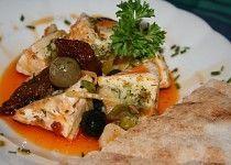 Naložený hermelín s olivami a sušenými rajčaty Baked Potato, Food And Drink, Potatoes, Meat, Chicken, Baking, Ethnic Recipes, Christmas, Kitchens