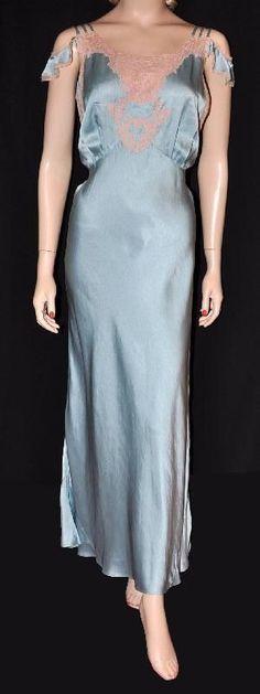 Glorious Goddess! 1930s ~Off Shoulder~ Silk Charmeuse Bias Nightgown