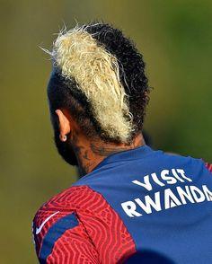 Neymar Football, Neymar Jr, Neymar Brazil, Psg, Dankest Memes, Barcelona, Hair Styles, Kerala, Food