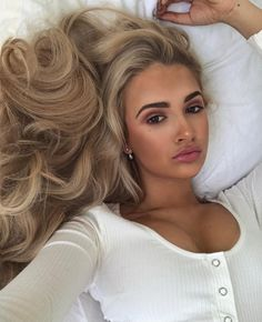 Messy Hairstyles, Summer Hairstyles, Pretty Hairstyles, Dye My Hair, New Hair, Hair Inspo, Hair Inspiration, Airbrush Tanning, Gorgeous Hair