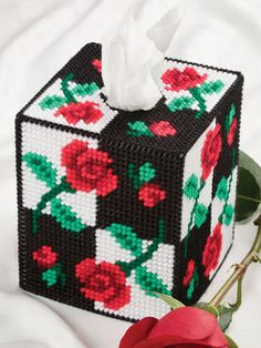 Plastic Canvas - Tissue Topper Patterns - Boutique-Style Patterns - Light & Shadow Roses