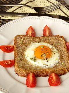 Cinco Quartos de Laranja: Pequenos-almoços em 5 minutos: Ovo estrelado no pão