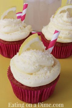 Strawberry lemonade cupcakes are perfect for summer and fall! Delicious!