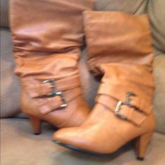 26af9f9f418c Brown heeled boots worn a few times Brown boots worn a few times small heel.