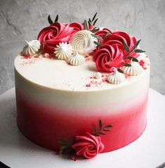 Trendy flowers pink and white cake ideas Ideas - Trendy flowers pink and white cake ideas Ideas - Pretty Cakes, Beautiful Cakes, Amazing Cakes, Birthday Cake Decorating, Cookie Decorating, Fun Cupcakes, Cupcake Cakes, Birthday Cake With Flowers, Cake Birthday