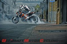 30 Best Bikes Stunting Images Cheer Stunts Motorcycles Stunts